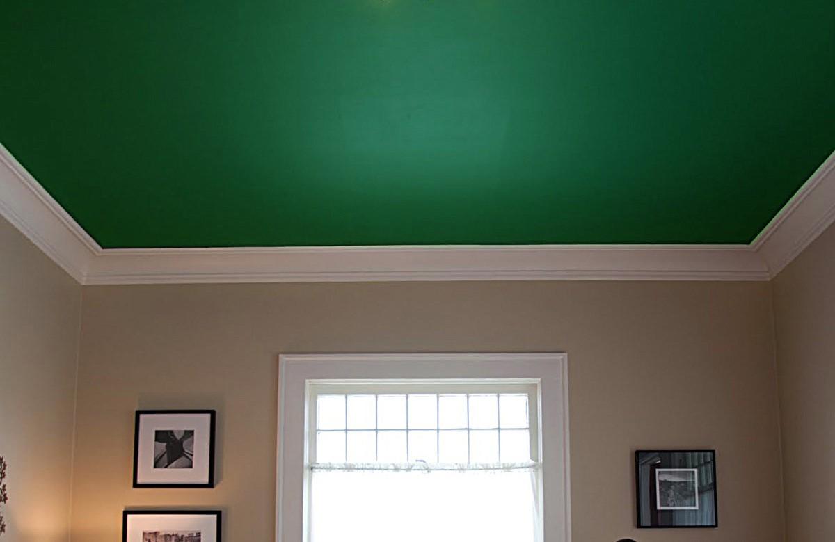 Зелёный матовый натяжной потолок